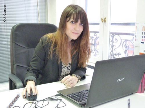 Cécile, consultante en marketing Facebook chez KRDS