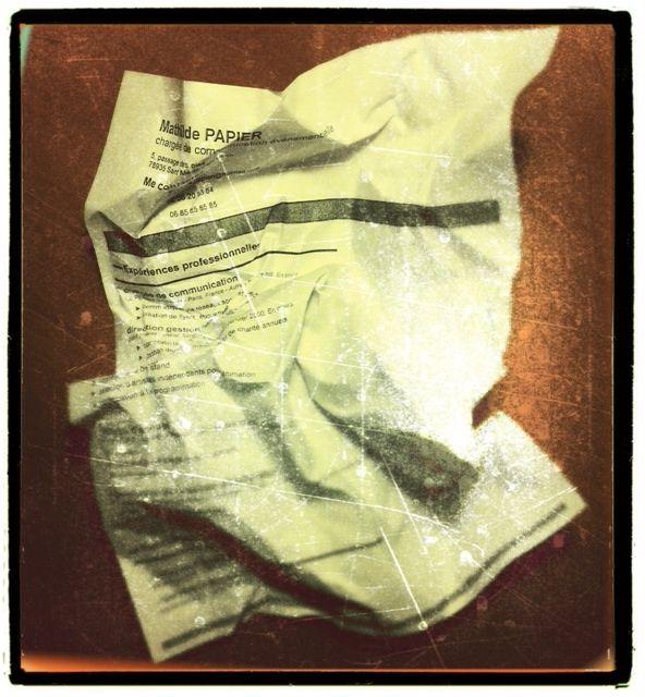recherche d u2019emploi   faut-il encore envoyer un cv papier par courrier