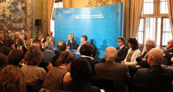 Lancement des Assises de l'enseignement supérieur et de la recherche - Genevieve Fioraso - juillet 2012 - ©C.Stromboni