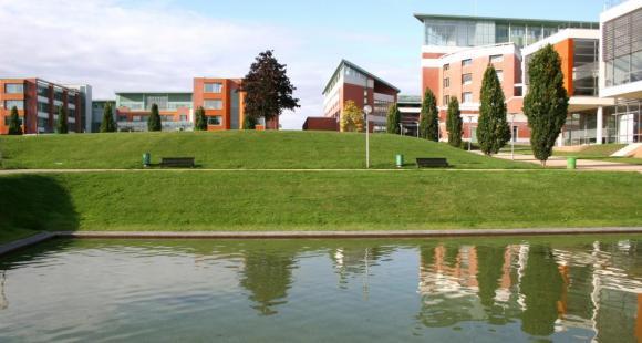 Campus de St Quentin ©Jan Hodac (UVSQ)