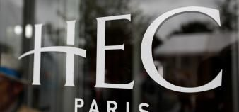 HEC et l'Essec restent sur le podium du classement du Financial Times des masters en management. //©Charles Platiau / REUTERS