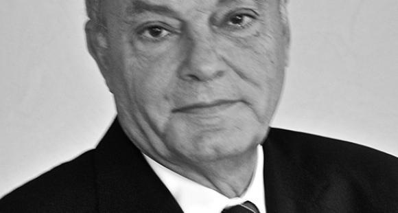 Claude Riahi, directeur de l'ISC : « Notre marque de fabrique a été, très vite, de développer la pédagogie de l'associatif »
