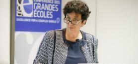 """Face aux directeurs et directrices de grandes écoles, Frédérique Vidal a affirmé être pour un dialogue """"ouvert"""" et constructif. //©Nicolas Tavernier / R.E.A"""