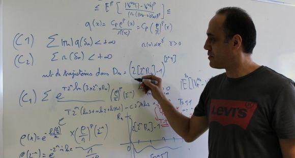 Anis Matoussi, professeur à l'université du Maine et responsable du master mathématiques pour l'assurance, la finance et la santé ©D.Dauvergne - avril 2014