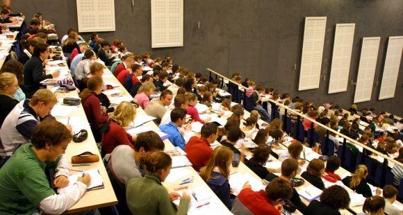 Université catholique de Lille - amphi Teilhard