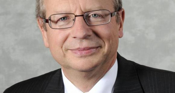 Michel Leroy (directeur général du CNED) : «Nous allons nous recentrer sur les formations où la demande est la plus forte et augmenter nos tarifs»
