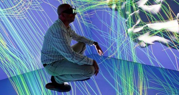 Inria - Cube immersif : déplacement virtuel au sein du cerveau