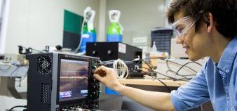 Plusieurs écoles d'ingénieurs s'engagent sur la voie du bachelor, à l'image de l'École polytechnique, avec des objectifs différents. //©Jérémy Barande - Ecole polytechnique