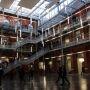 L'atrium de HEI, école d'ingénieurs de l'Université catholique de Lille //©Sophie Blitman