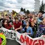 Etudiants de l'université Blaise Pascal (Clermont-Ferrand) - Manifestation contre l'austérité - 16 octobre 2014 //©Remi Dugne / La Montagne / PhotoPQR / MaxPPP