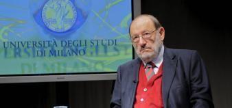 """Umberto Eco a écrit en 1977 un ouvrage intitulé """"Comment écrire sa thèse"""". La traduction française sort le 31 août 2016. //©Malosio/Fotogramma/ROPI-REA"""