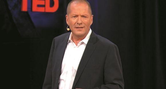 Shai Reshef, créateur de University of the People, dont la dernière conférence TED a été visionnée par plus d'un million d'internautes