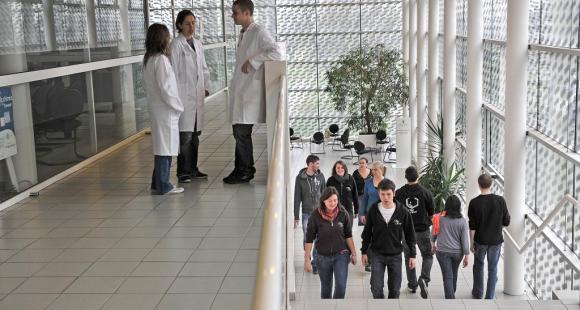 L'ENSCCF (Ecole nationale de chimie de Clermont-Ferrand) © Joel Damase
