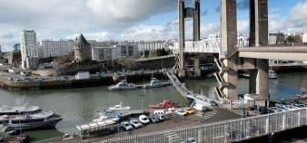 L'école de commerce de Brest est rachetée par le groupe chinois Weidong qui détient plus de la moitié du capital. //©Jean Claude MOSCHETTI/REA