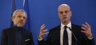 Pierre Mathiot et le ministre Jean-Michel Blanquer lors de la conférence de presse du mercredi 24 janvier 2018. //©Nicolas Tavernier/REA