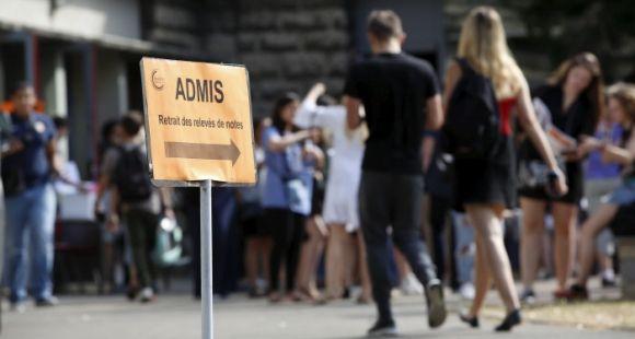 Pour améliorer les liens lycées-universités, une mission parlementaire préconise une réforme du bac.