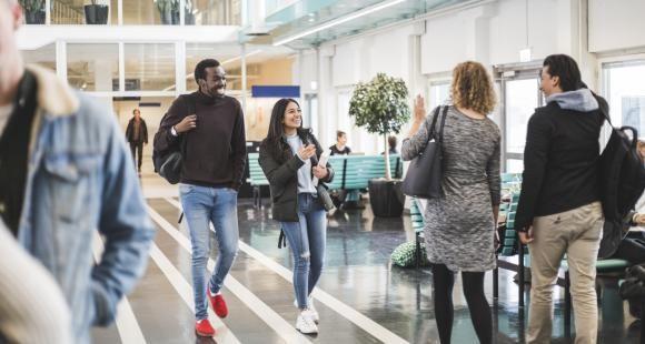 Baromètre l'Etudiant : les jeunes ont une vision nuancée de leur avenir