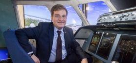 Godefroy Beauvallet, directeur du fonds AXA pour la recherche, lors du lancement de la chaire AXA ISAE sur les facteurs humains dans la sécurité aérienne - mars 2015 //©Gilles Rolle / R.E.A