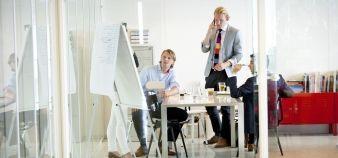 La Fnege et la Comue Paris-Est proposent un programme expérimental permettant d'obtenir un doctorat en sciences de gestion par VAE. //©plainpicture/Hollandse Hoogte