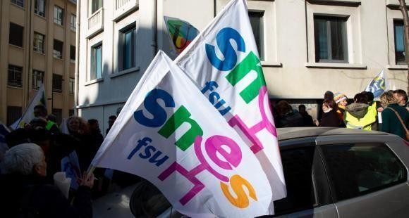 Nouveau bac : bras de fer entre le Snes-FSU et le ministère autour des épreuves de contrôle continu