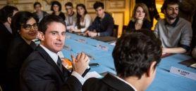 Si Manuel Valls a présenté aux syndicats étudiants et lycéens des mesures en direction des jeunes, il n'est pas question pour autant de retirer le projet de loi Travail. //©Hamilton / REA
