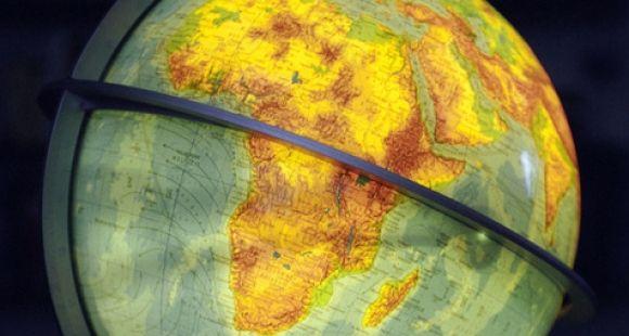 On attend des universités africaines qu'elles soient compétentes au niveau local et qu'elles s'internationalisent et participent à la compétition mondiale et acharnée de l'enseignement supérieur, estime Hanne Kirstine Adrianen.
