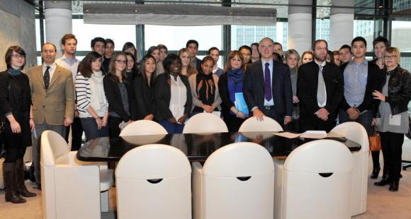 La première promotion de la CPGE post-bac+2 du lycée Montchapet a été parrainée en 2013 par Pierre Moscovici © DHSimon