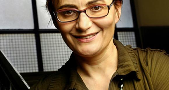 """Sophie Pene, en charge des nouvelles technologies à Paris 5 : """"tout le cursus de médecine sera en ligne d'ici deux ans"""""""