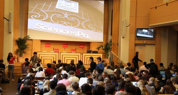 Sciences po Paris va signer un partenariat avec l'Institut du service civique le 6 février 2015