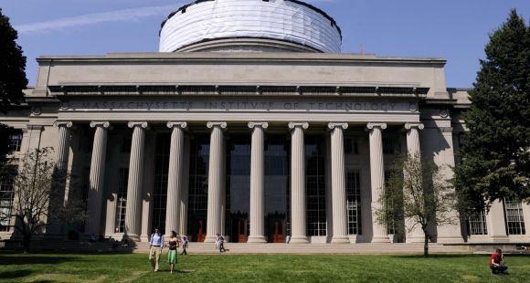 Le Massachusetts Institute of Technology compte 11.000 étudiants.