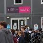 Université Pierre-et-Marie-Curie (septembre 2012) Les nouveaux étudiants font la queue pour valider leurs inscriptions. //©Camille Stromboni