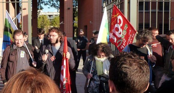 Manifestation de personnels de Toulouse 3 devant le rectorat