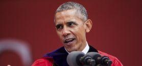 Le président Barack Obama (ici lors de la 250e cérémonie de remise des diplômes de l'université Rutgers, en mai 2016) a réussi à imprimer sa marque sur l'enseignement supérieur. //©ZACH GIBSON/The New York Times-REDUX-REA