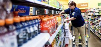 Les enseignants travailleront avec Walmart pour adapter les cours aux employés et les rendre plus pertinents avec leurs postes. //©Roger Kisby / The New York Times / REDUX-REA