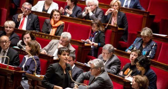 Najat Vallaud-Belkacem plaide en faveur d'une loi réglementant l'entrée en master, applicable dès la rentrée 2017.
