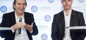 Xavier Niel, président du groupe Iliad, et Laurent Wauquiez, président de la région Auvergne Rhône-Alpes, lors de la présentation du campus numérique en janvier 2017. //©Stephane AUDRAS/REA