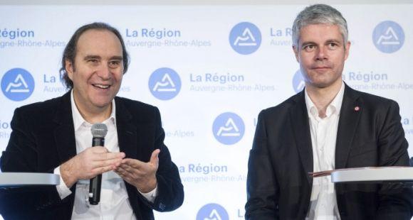 Xavier Niel, président du groupe Iliad, et Laurent Wauquiez, président de la région Auvergne Rhône-Alpes, lors de la présentation du campus numérique en janvier 2017.