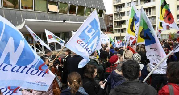 Jean-Michel Blanquer débloque 500 millions d'euros pour le salaire des enseignants en 2021