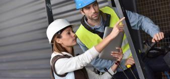 Pour une meilleure insertion professionnelle, il faut développer des formations mieux adaptées aux besoins locaux du marché du travail. //©goodluz / Adobe Stock