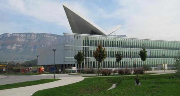 L'Institut nationale de l'énergie solaire à l'université de Savoie // © V. Bertereau