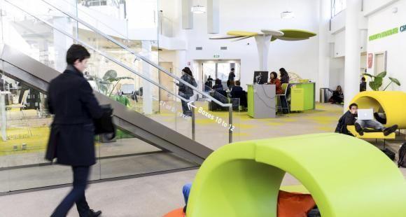 À l'EM Lyon, école de commerce, l'incubateur propose plusieurs formations dédiées à l'entrepreneuriat.