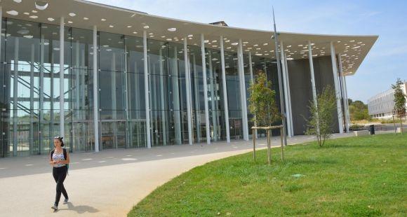 Nouvelle faculté de médecine de Montpellier-Nîmes