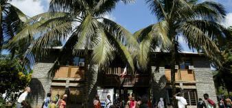Un lycée à Mayotte. //©Denis/REA