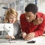 A Paris, la Fabrique forme des professionnels de la mode et de la décoration