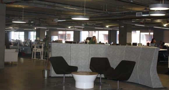 Le vaste open space de la start-up Udemy à San Francisco