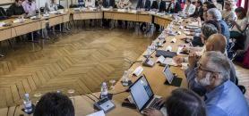 Le ministère de l'Enseignement supérieur a réuni autour de la table, lundi 17 juillet, 25 organisations pour lancer la concertation sur l'entrée en premier cycle. //©Gilles Rolle/REA