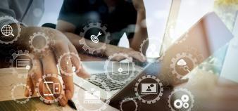 Centrale Marseille s'est associée à Simplon pour créer un lieu de formation dédié au code et à l'intelligence artificielle, qui accueille un public diversifié. //©everythingpossible/Adobe Stock