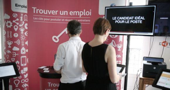 Les jeunes diplômés 2015 font des concessions sur leurs conditions de travail pour trouver un emploi.