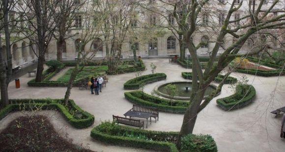 La cour de l'Ecole normale supérieure (ENS) à Paris.