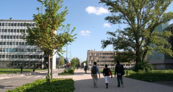 Le domaine scientifique de la Doua - Université Lyon 1 © S.Blitman - mai 2013